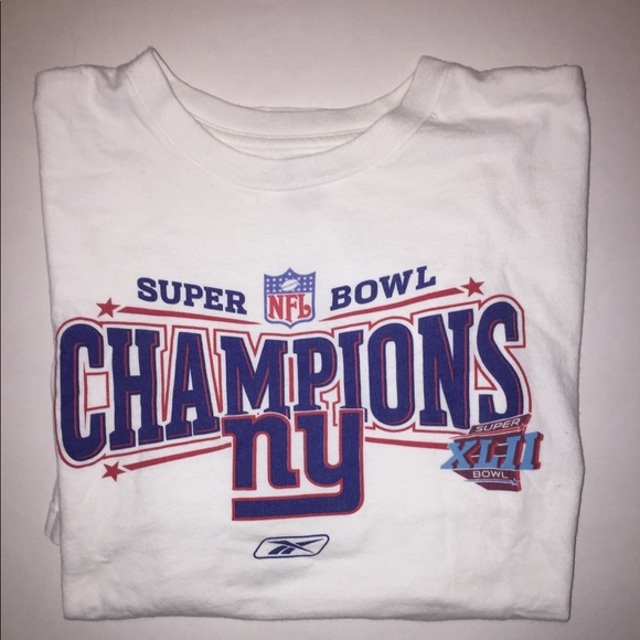8266f9019 New York Giants Super Bowl 42 T shirt. M 5b593d3b5098a07020483e39